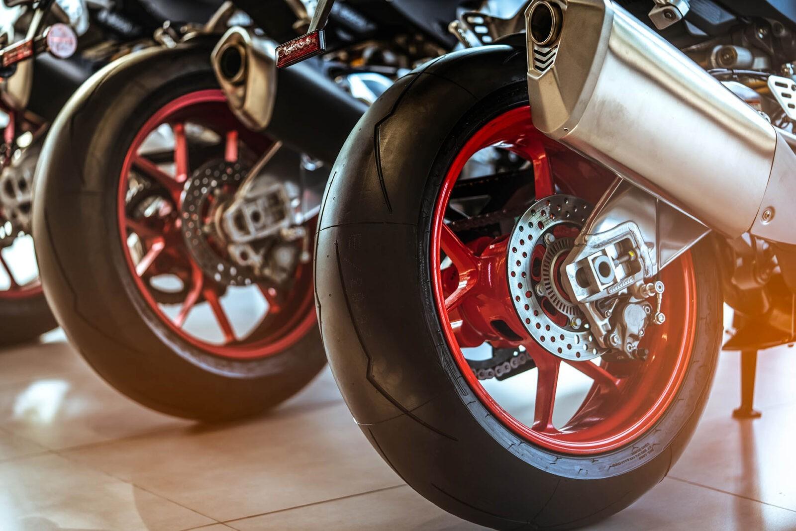 Cambio e riparazione gomme moto Venezia